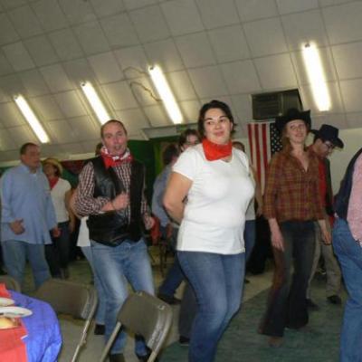 Soirée Country organisée par le Comité des Fêtes d'Oulins le 12 Février 2011