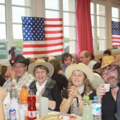 """Repas partage 27 Nov. 2010 avec """"les bottes en folie"""" à Thimert Gatelles"""